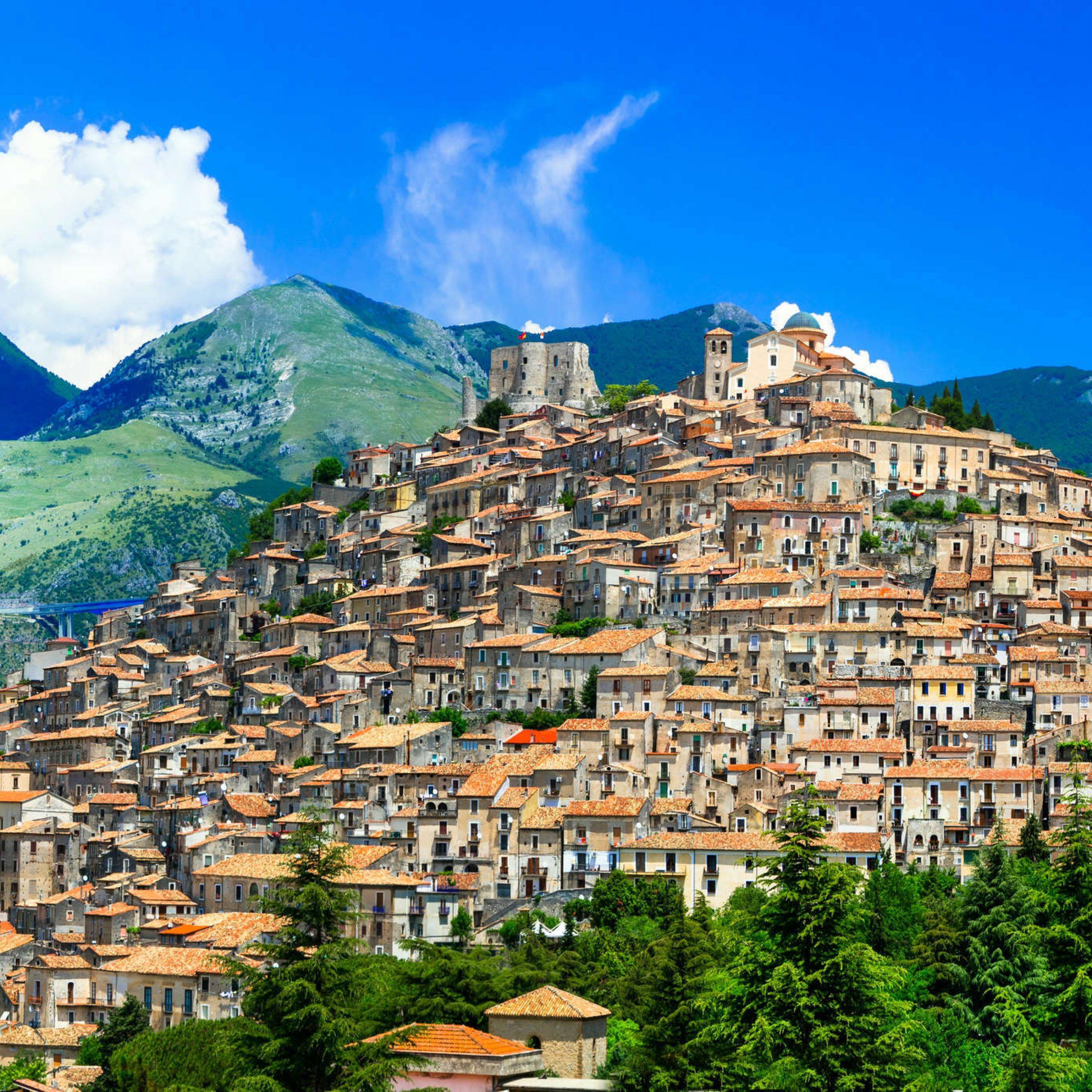 1° Giorno: Napoli - Morano Calabro - Cosenza