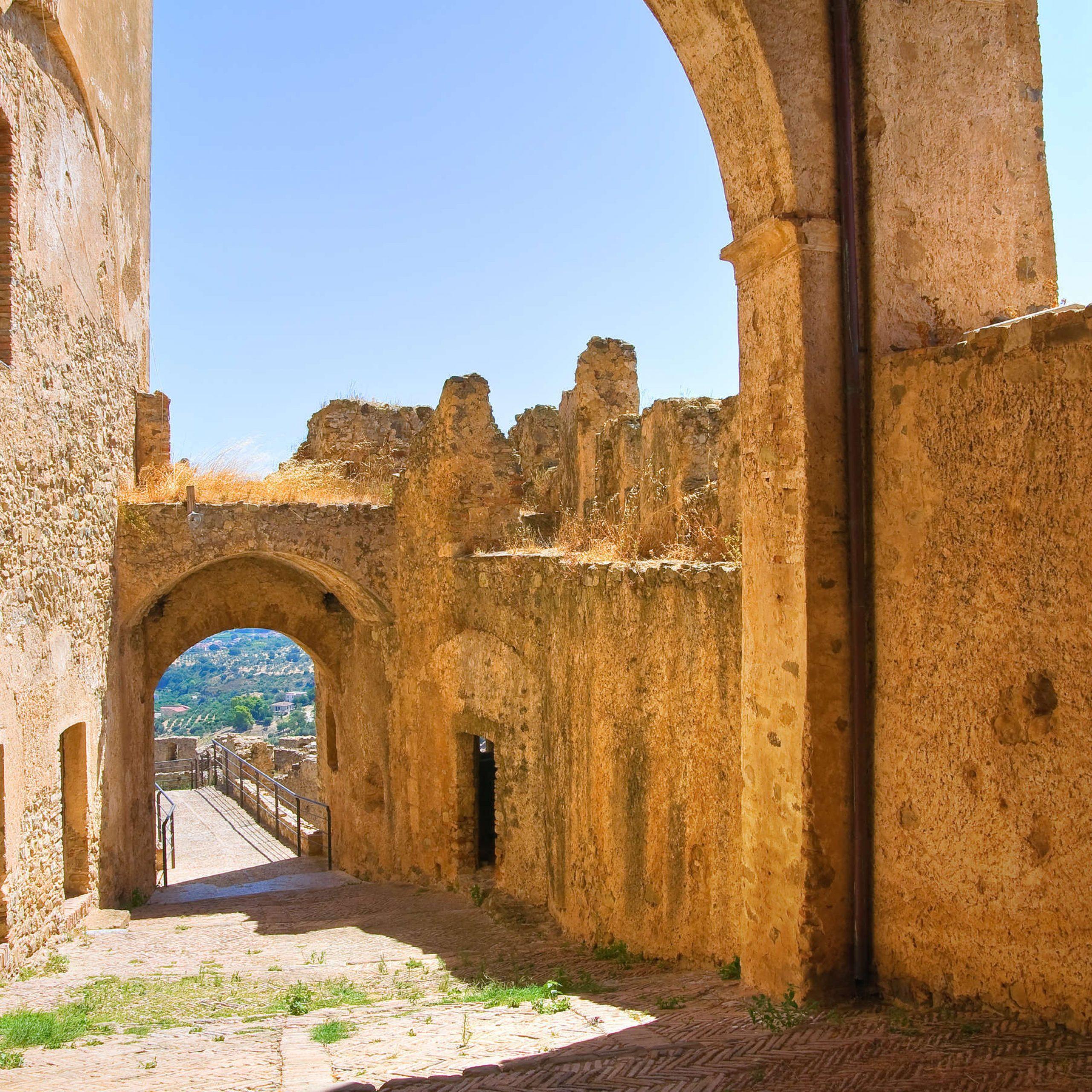 2° giorno:  Rossano - Rocca Imperiale